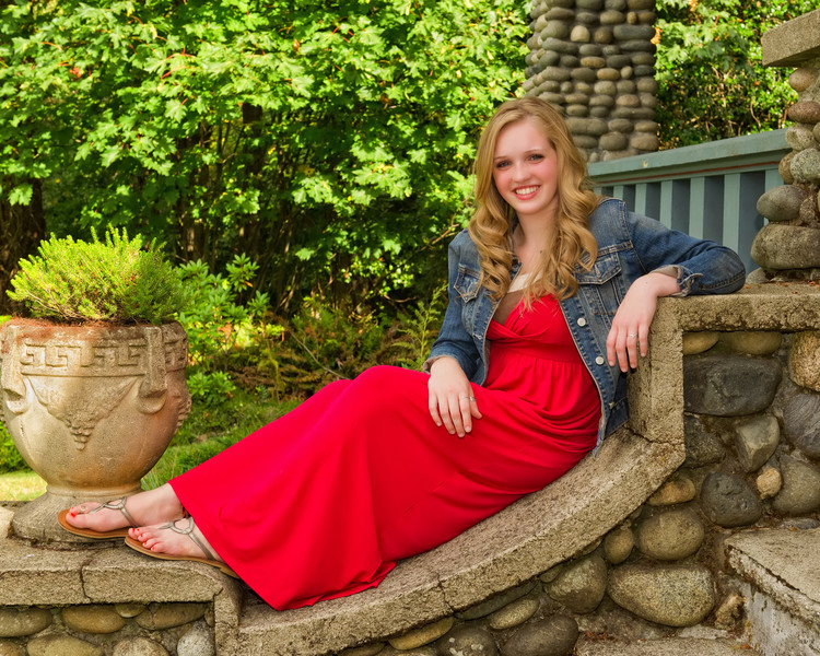 Kendra_Amy_Senior_Portraits_20110921_0129-Edit-Edit.jpg