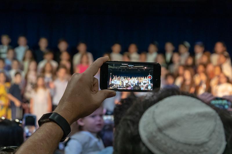 Grade 3 Generations M'Dor L'Dor Project | Scheck Hillel Community School-16.jpg