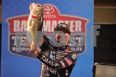 9pounder-puts-ehrler-in-lead-at-toyota-texas-fest