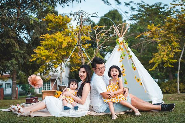 Zhaowei and Jiahui Family Photos
