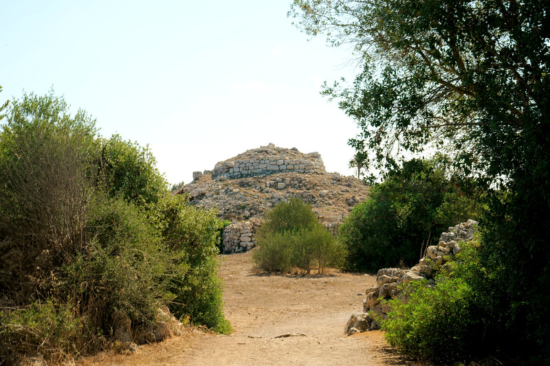 08_19 mahon ruins DSC04618.JPG