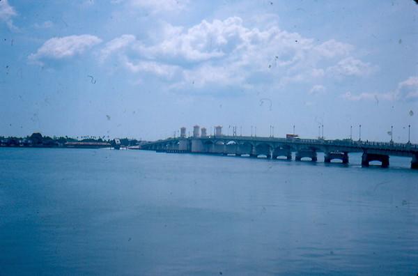 19800014.jpg
