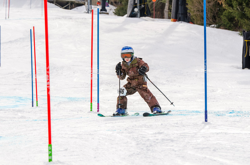 Standard-Races_2-7-15_Snow-Trails-172.jpg