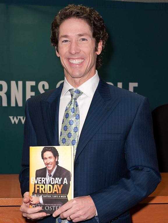 ". <p>10. (tie) JOEL OSTEEN <p>Doesn�t every church have 600 grand stashed away in a safe? (unranked) <p><b><a href=\'http://www.twincities.com/breakingnews/ci_25325299/600k-taken-from-safe-at-osteens-megachurch\' target=""_blank\""> HUH?</a></b> <p>    (D Dipasupil/Getty Images)"