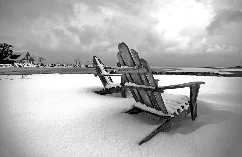 mono chairs-B&W 2.jpg