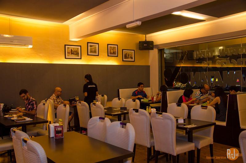 Malaysia-Sabah-grillz kitchen-2758.jpg