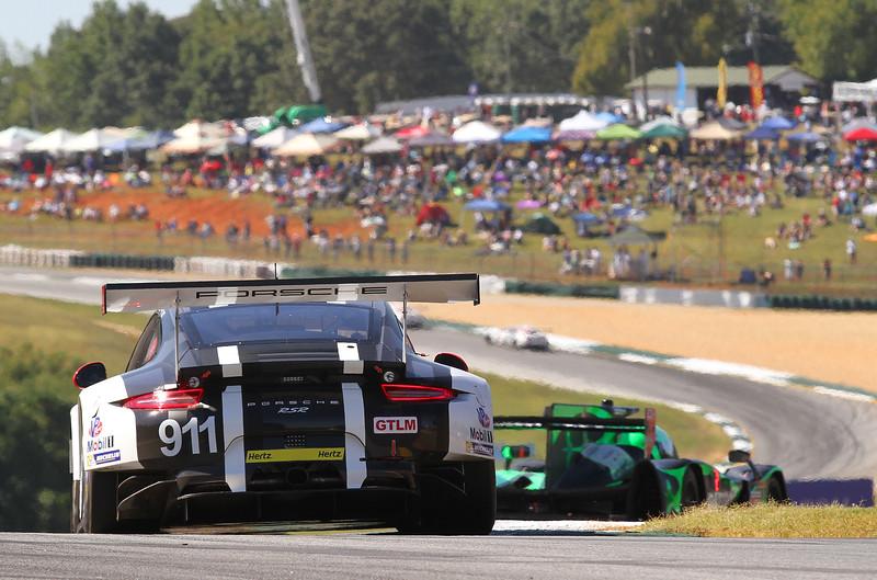 Petit2-16-race_3065_#911-Porsche.jpg