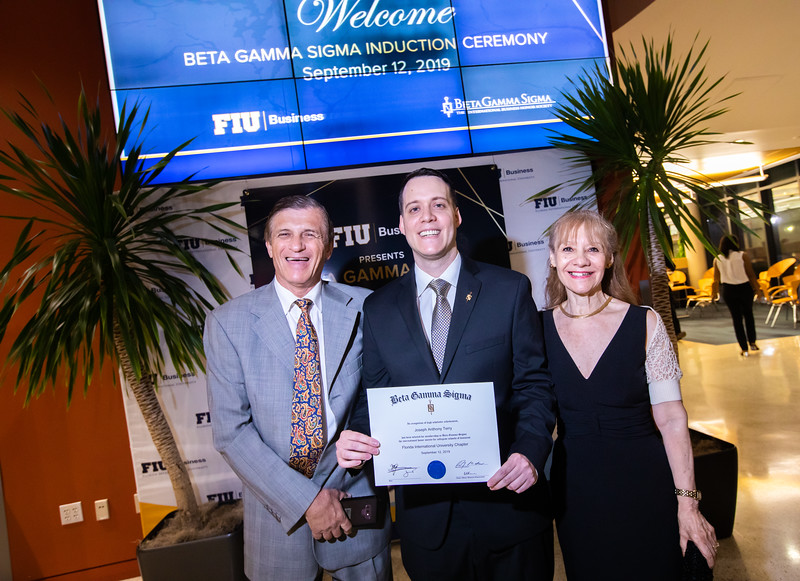 FIU Beta Gamma Sigma Ceremony 2019-154.jpg