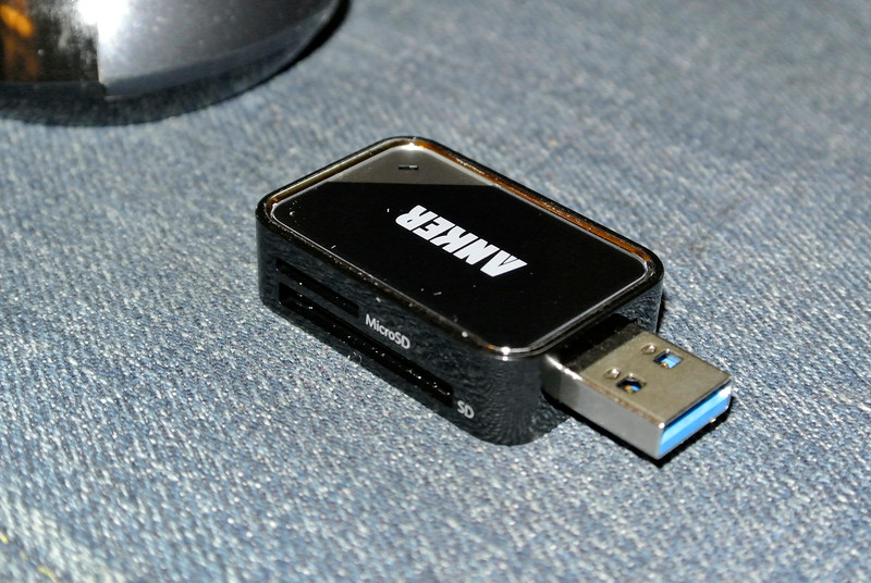MicroSD, SD to USB Adapter