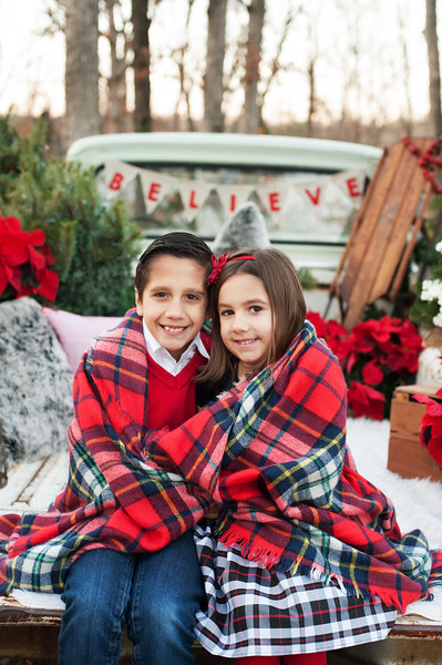 Christmas Mini: Lucas and Sophia