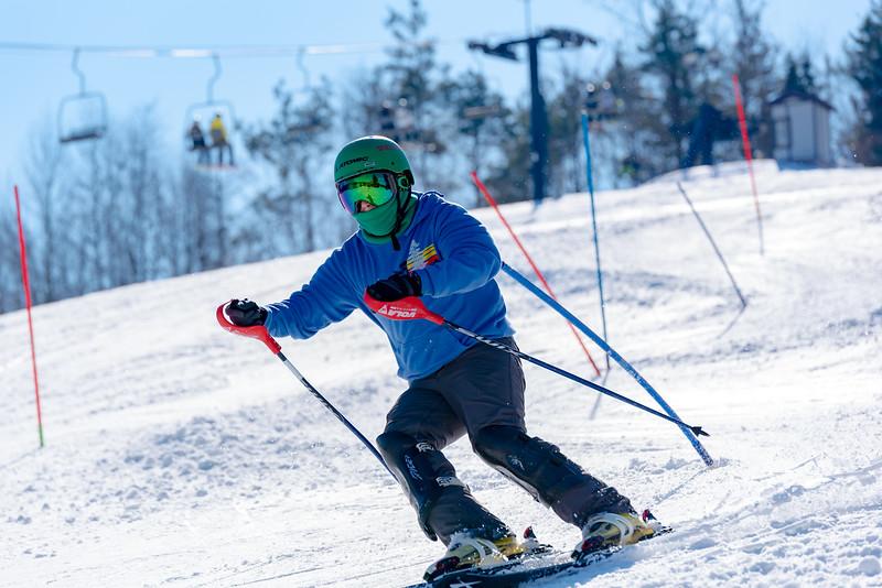 Standard-Race_2-3-18_Snow-Trails-73540.jpg
