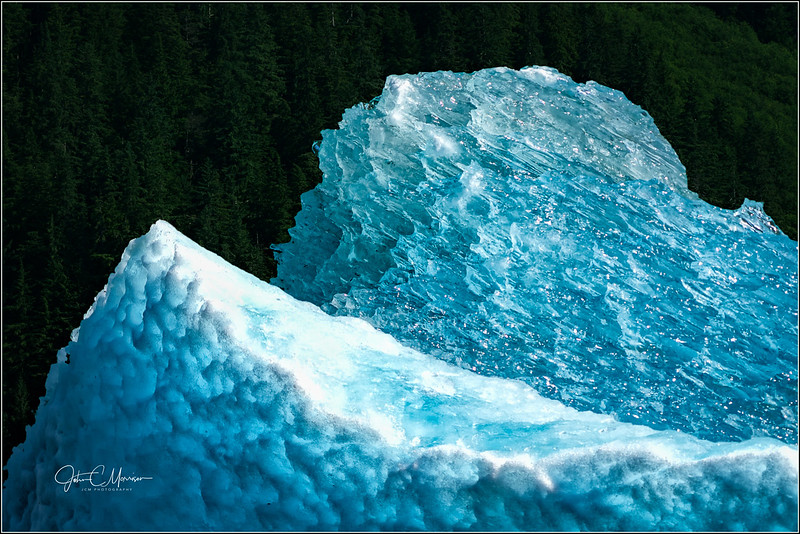 SR3__1804 clear ice berg LPN W.jpg