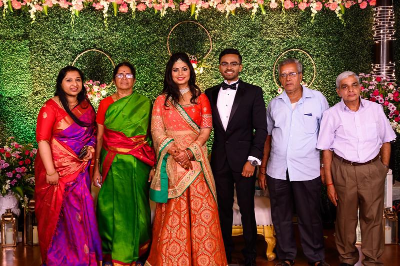 2019-12-Ganesh+Supriya-5048.jpg