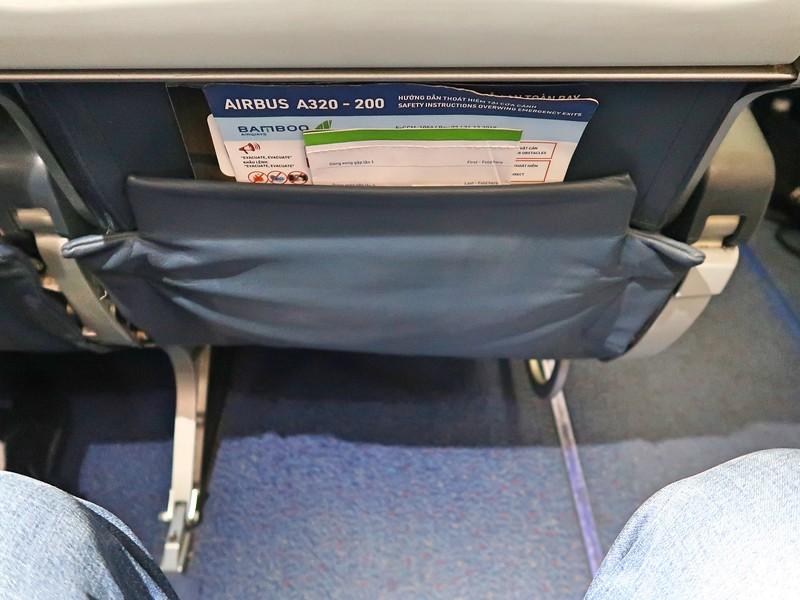 IMG_9784-exit-row-leg-room.jpg