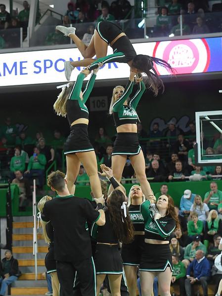 cheerleaders4079.jpg