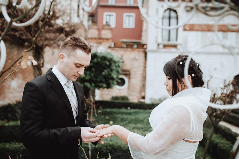 Tu-Nguyen-Destination-Wedding-Photographer-Vow-Renewal-Venice-Italy-Hochzeitsfotograf-Italien-Venedig-29.jpg