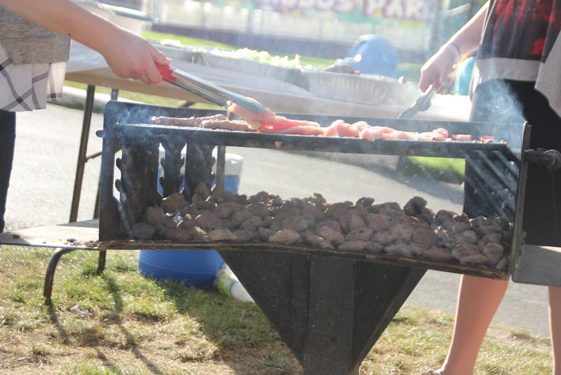 kars4kids_thezone_camp_GirlsDivsion_barbeques_bonfires (27).JPG