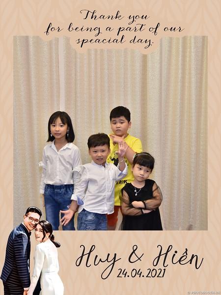 Huy & Hien wedding instant print photo booth in Ha Noi   Chụp hình in ảnh lấy ngay Tiệc cưới tại Hà Nội   Photobooth Hanoi