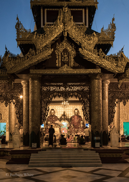 BeautifulPavilionShwedagon.2.jpg