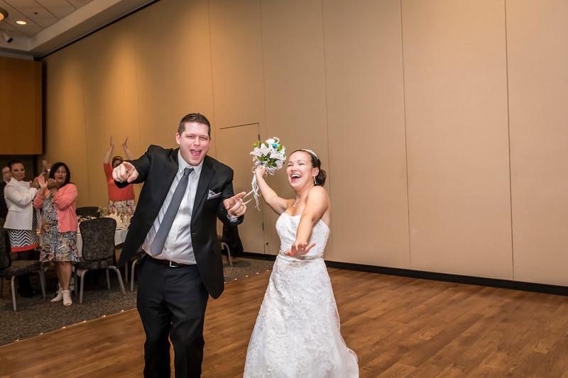 Jennie & EJ Wedding_00377.jpg
