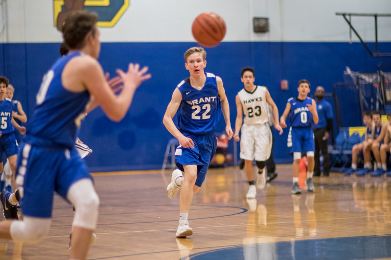 Grant_Basketball_122117_020.JPG