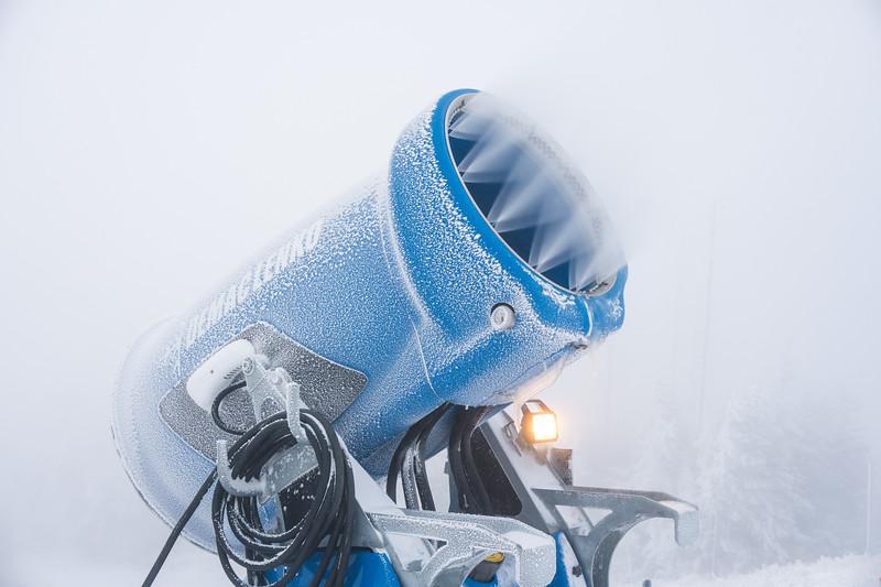 Snowmaking-03420.jpg