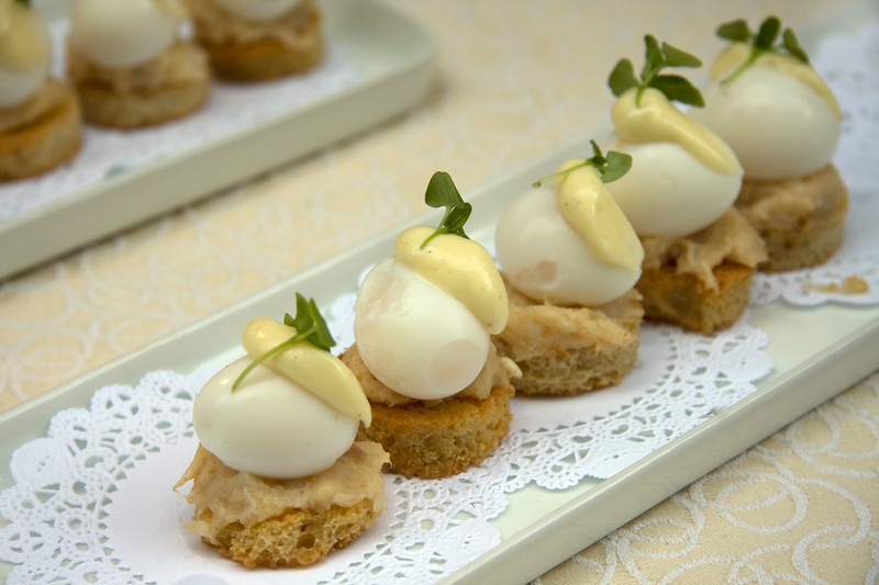 eggs-benedict-made-with-black-cod-poached-quails-eggs-and-mousseline_3637370428_o.jpg