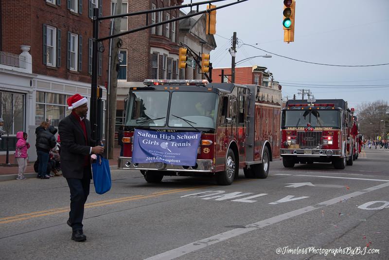 2019_Salem_NJ_Christmas_Parade_036.JPG