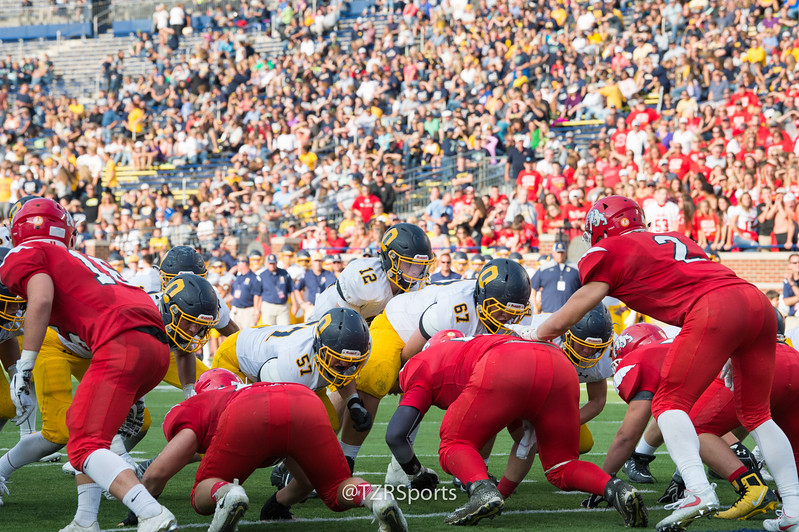 OHS Varsity Football vs Romeo 8 25 2017-3093.jpg