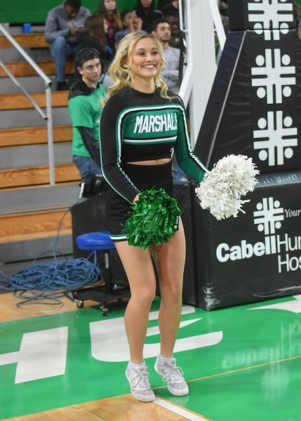 cheerleaders3423.jpg