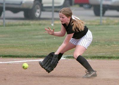 2005 Dixie Girls Softball - Angels