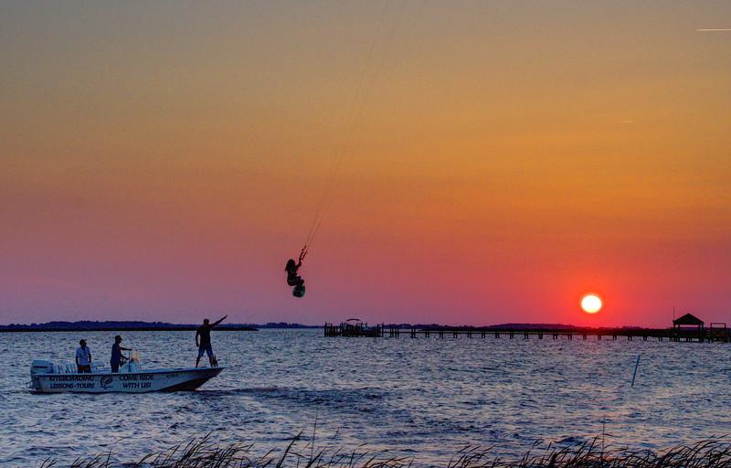 Sunset-Kite-flyer-Corolla4-Beechnut-Photos-rjduff.jpg