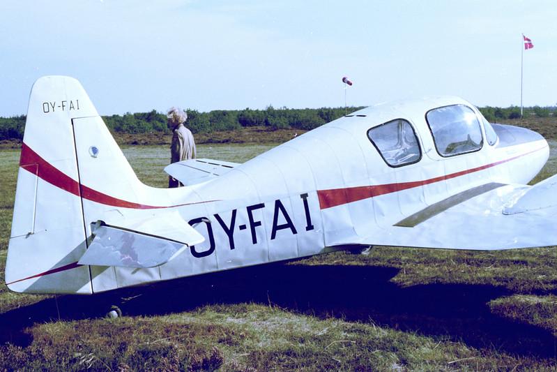 OY-FAI-HollanderHT1Hollschmidt-Private-Varde-1976-09-26-N47-19-KBVPCollection.jpg