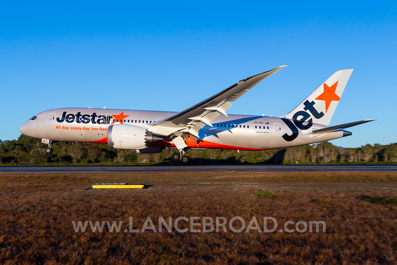 Jetstar 787-8 - VH-VKE - OOL