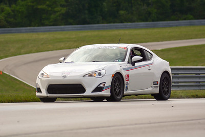 2020 SCCA TNiA Sept2 Pitt Race Adv White Twin
