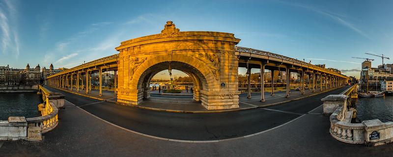 Pont de Bir-Hakeim - Allée des Cygnes - La Seine