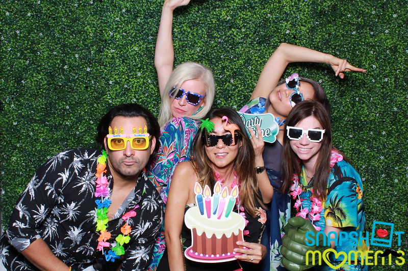 03-30-2019 - Karen and Natasha's Aloha 40th Birthday Bash_065.JPG