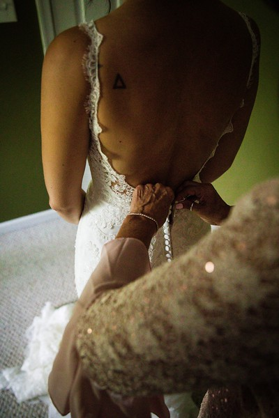 TARYN AND SETH - THE MICRO WEDDING - 24.jpg