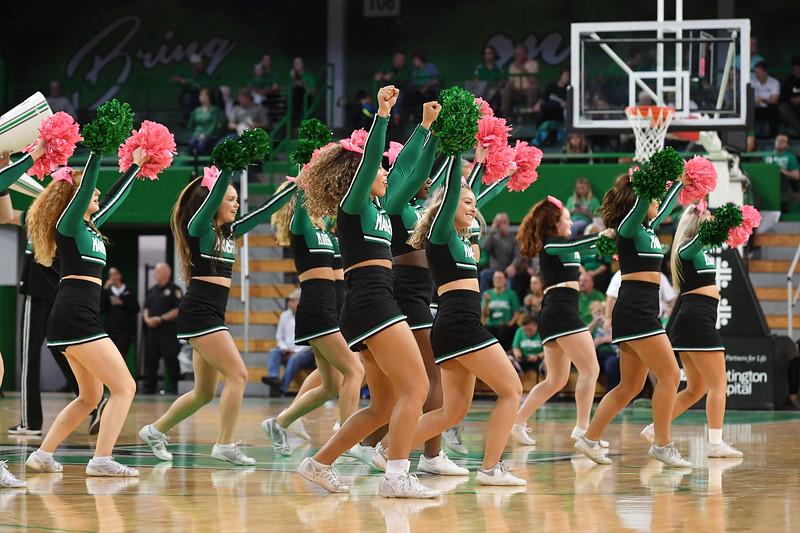 cheerleaders3487.jpg