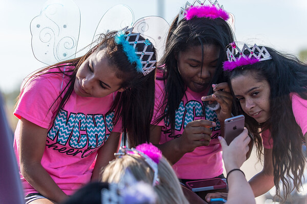 Homecoming Parade and Pep Rally 09-25-14 (7 of 109)