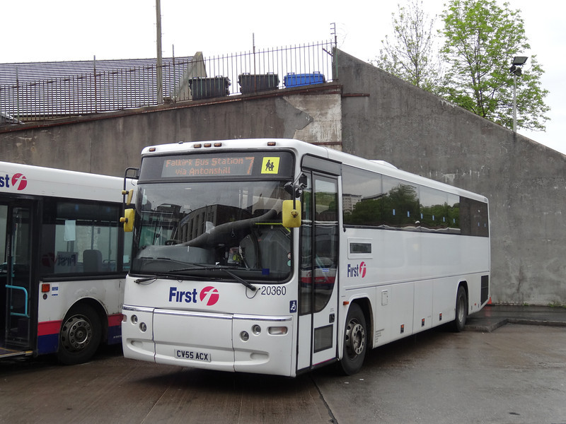 20360 at Falkirk Bus Station.  Apparently I should have left the door open....
