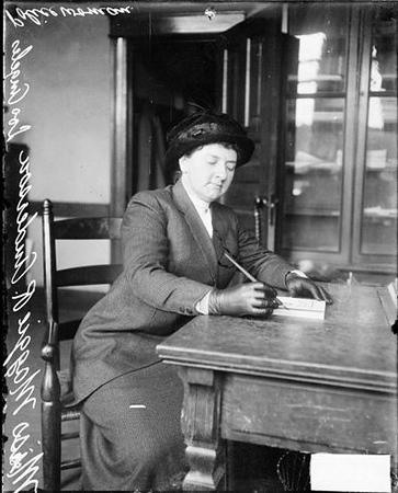 Policewoman Anderson