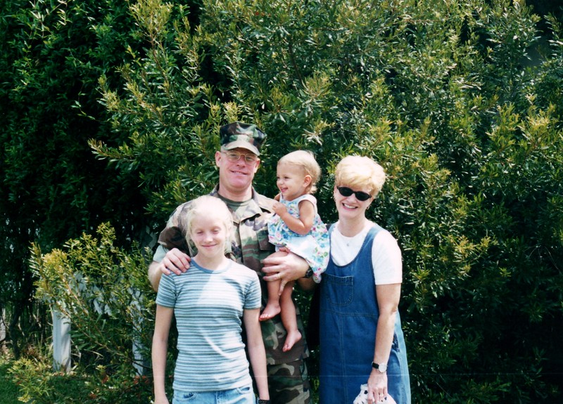 2000_July_Visit_with_Brad_&_Mary_Amelia_and_Kim_0004_a.jpg