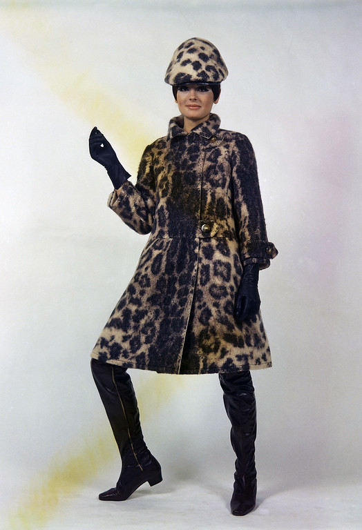 . A leopard-pattern printed mantle, an exclusive design by the Irene Galitzine fashion house of Rome shown July 21, 1967 for its Autumn/Winter 1967-1968 collection. (AP Photo/Mario Torrisi)