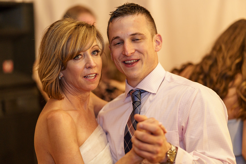 20190601-191245_[Deb and Steve - the reception]_0518.jpg