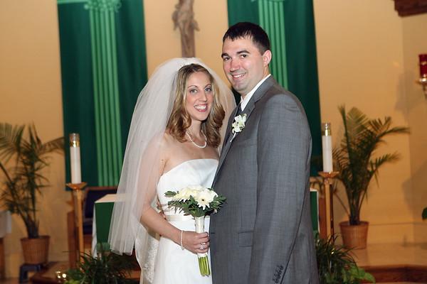 Brigida & Eric<br><font color = gray>Church of <br>Saint Denis</font>