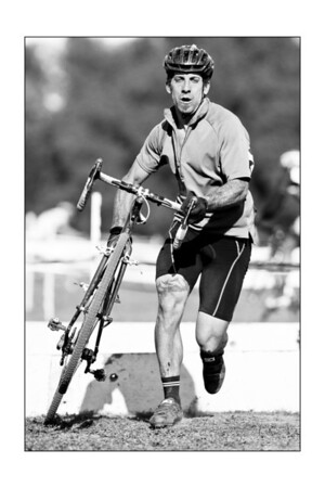 B&W LangeTwins Winery Cyclocross race