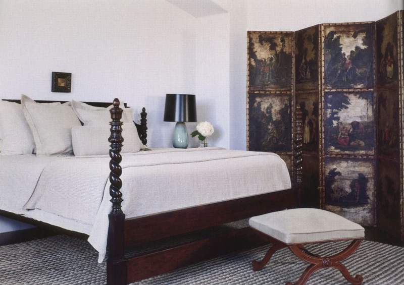 Veranda Magazine, issue Darryl Carter interior deisgn project using our classical bed.