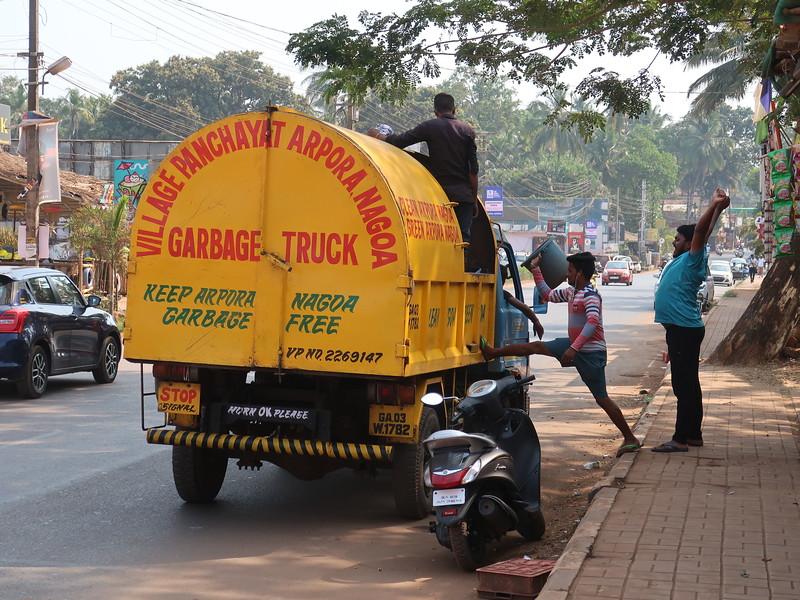 IMG_7885-garbage-truck.JPG