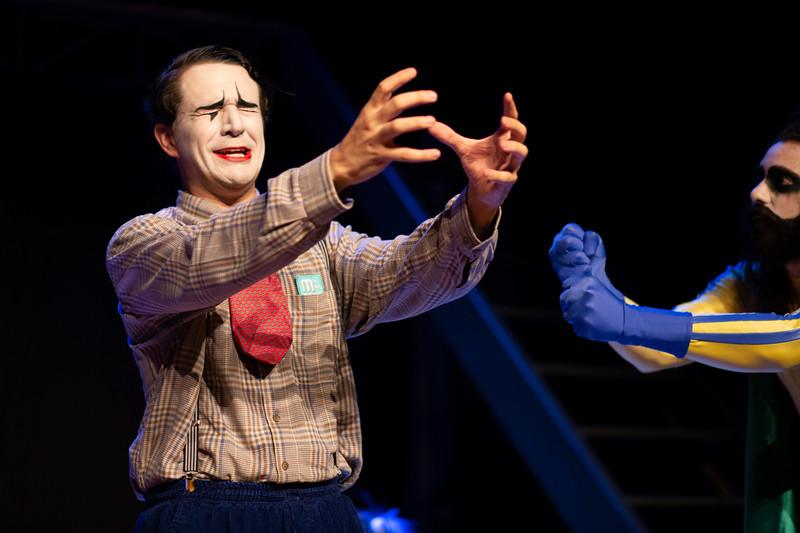 Allan Bravos - essenCIA Teatro - Persona 07-418.jpg